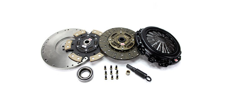 KIT EMBRAYAGE RENFORCE STAGE 2 A 4 + VOLANT MOTEUR FORD FOCUS COMPETITION CLUTCH