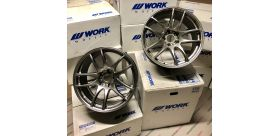 "SET 2 JANTES CR KIWAMI 18""x9.5"" ET38 5X114 SILVER (GTS) WORK WHEELS"